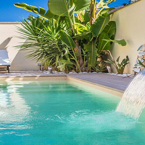 Swimming Pools Renolit